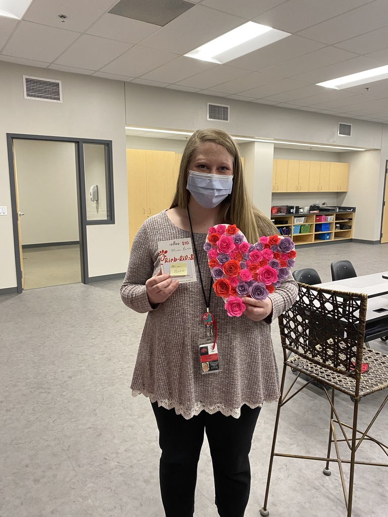 Mrs. Goss Teacher Heart Decorating Contest Winner